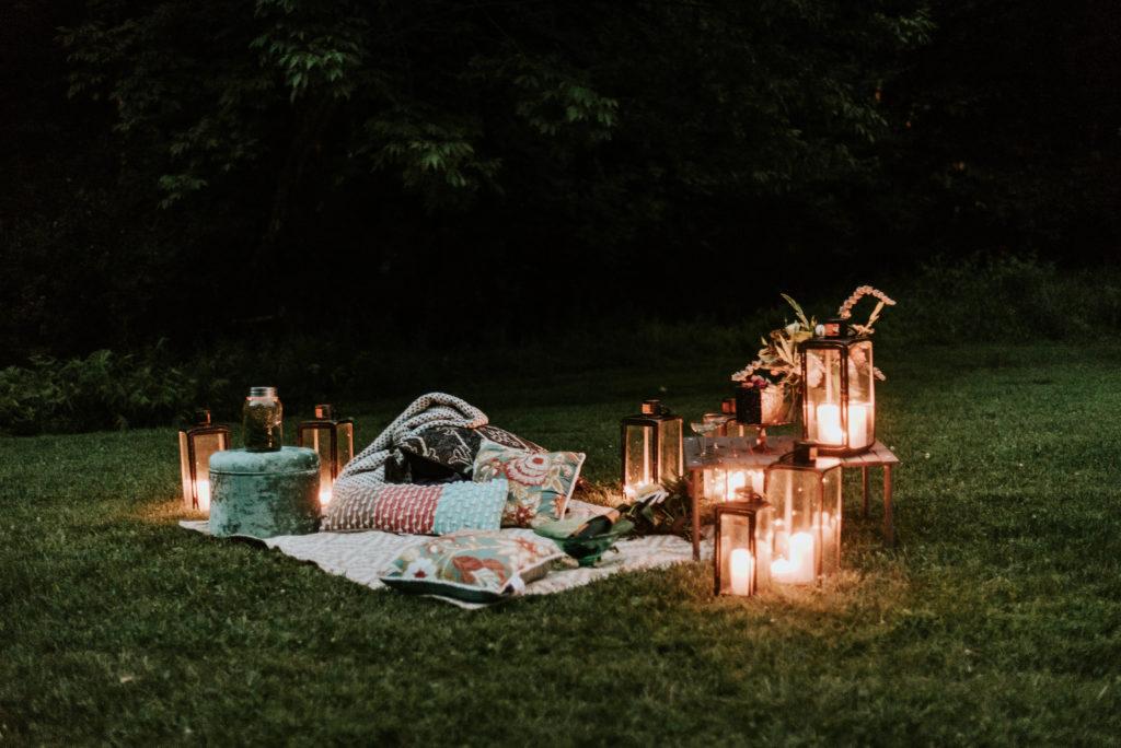 Firefly Shoot Lanterns at Night