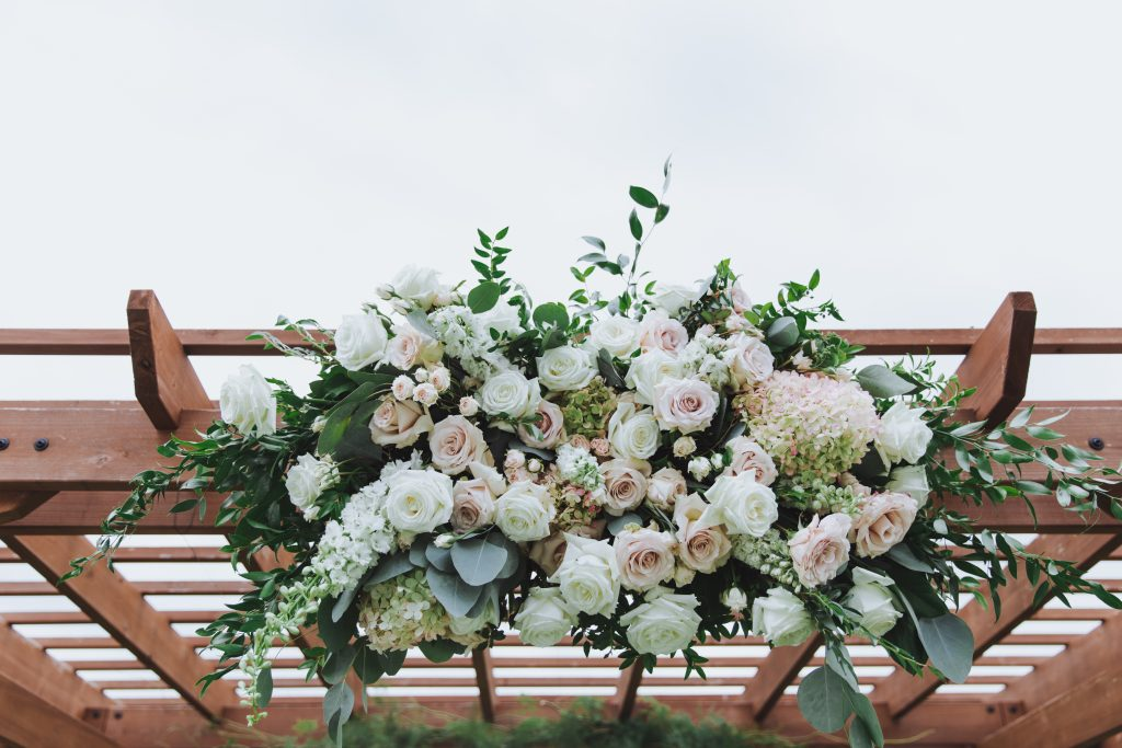 blush, cream, green, light and airy, classic wedding center floral arbor piece