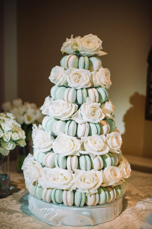 white hydrangea, peonies, tulips, stock, majolica, spring wedding, classic, macaroon tower with roses
