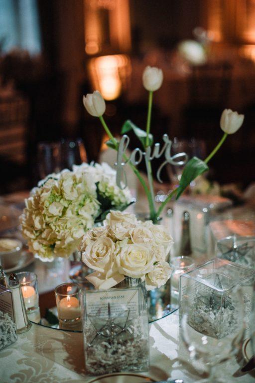 white hydrangea, peonies, tulips, stock, majolica, spring wedding, classic, centerpiece