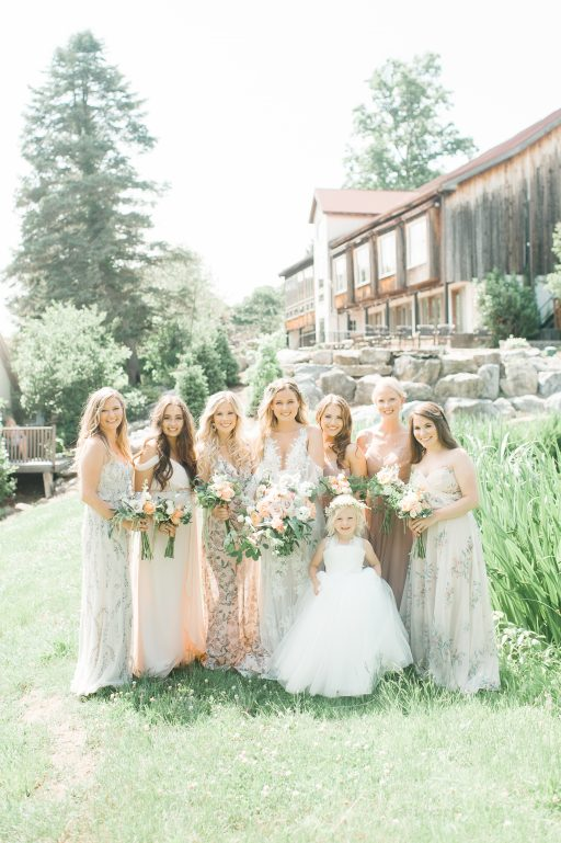 Summer wedding, coral, blush, white, greenery, roses, succulants, eucalyptus, bridal party