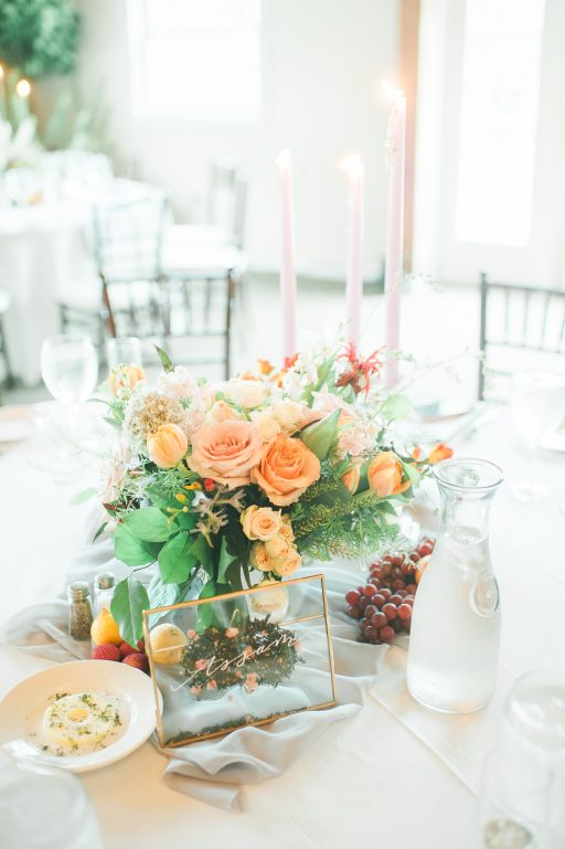Summer wedding, coral, blush, white, greenery, roses, succulants, eucalyptus, cloches, centerpiece
