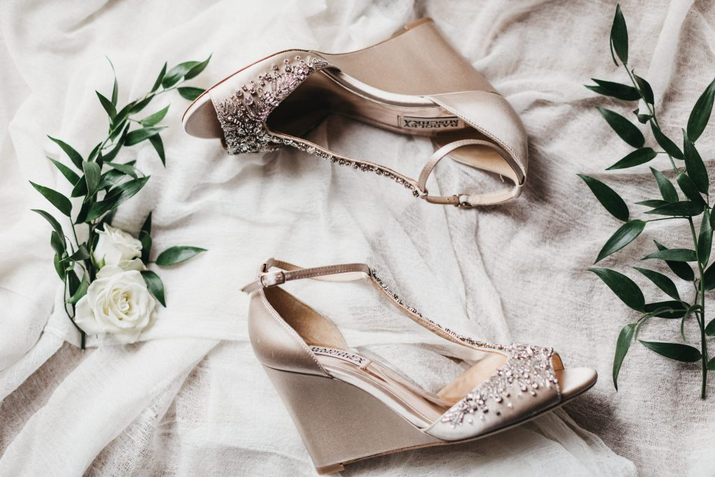 Summer wedding, warm, historic, personal, polished, clean, shades of blue, white, cream, roses, italian ruscus, details, shoes.
