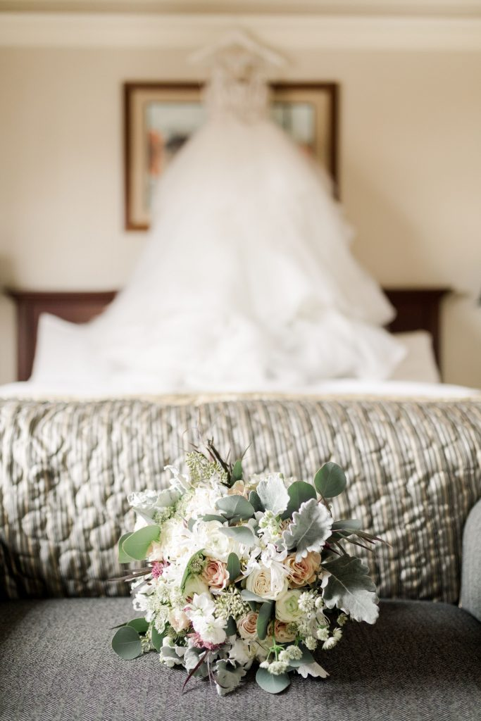 grey-green, plum, cream and a hint of blush, traditional, modern, winter wedding, roses, spray roses, ranunculus, bridal bouquet.