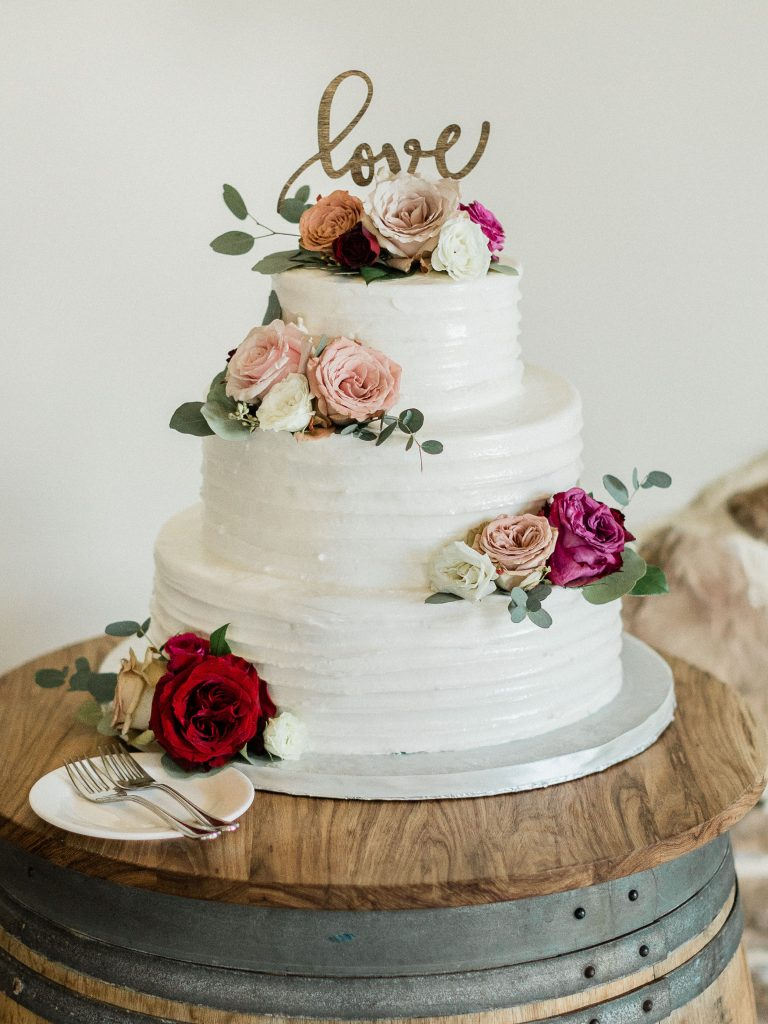 floral, boho, colorful, anthropologie-esque, marsala, pink, green, cream, gold, hint of raspberry, cake.