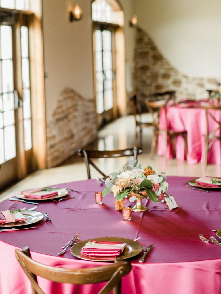 floral, boho, colorful, anthropologie-esque, marsala, pink, green, cream, gold, hint of raspberry, centerpiece.