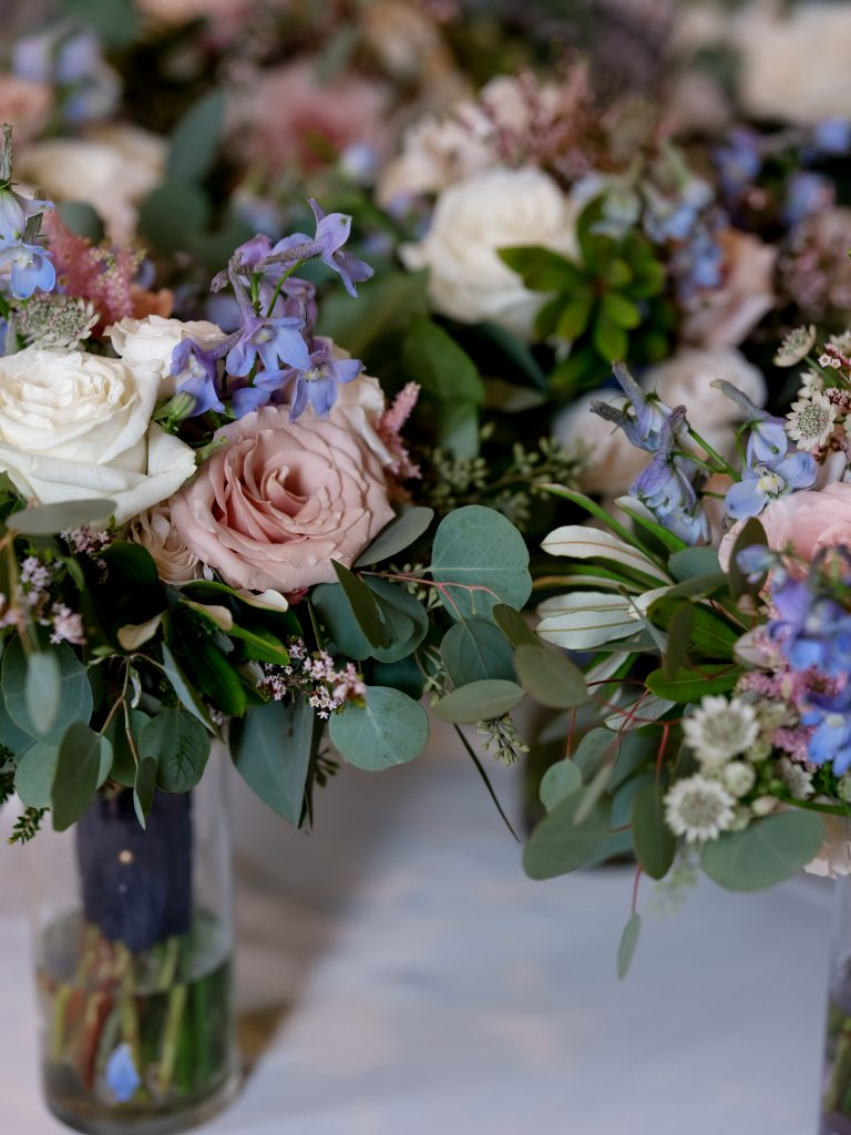warm, loving, striking and fashionable, artistic, fall wedding, navy, slate bluish, pewter, blush, cream, greenery, texture, botanical, asymmetrical, florals.
