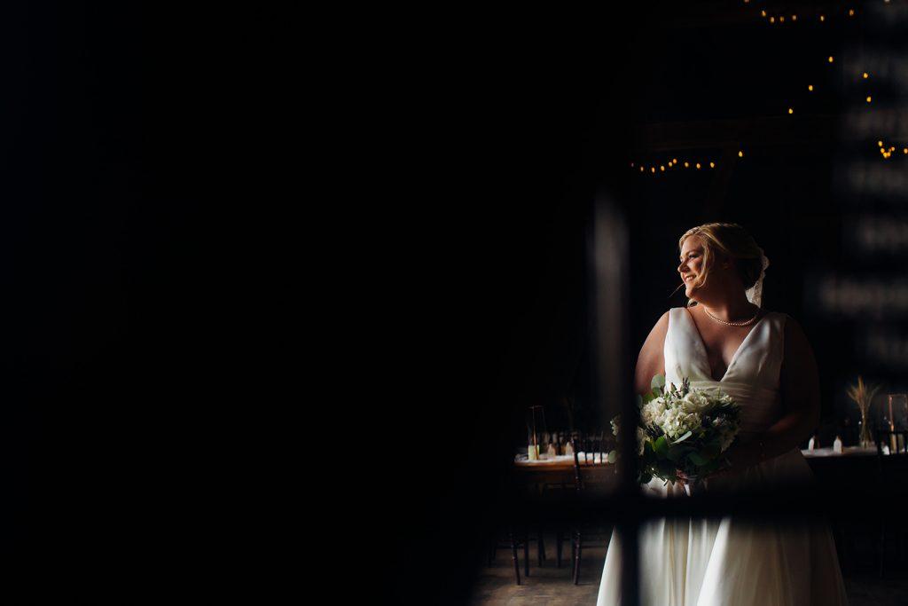 Fall wedding, lehigh valley wedding, golf course wedding, rustic barn, lavender, wheat, casual, laid back, floral details, bridal bouquet.
