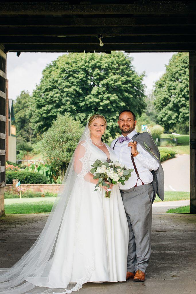 Fall wedding, lehigh valley wedding, golf course wedding, rustic barn, lavender, wheat, casual, laid back, bride and groom.