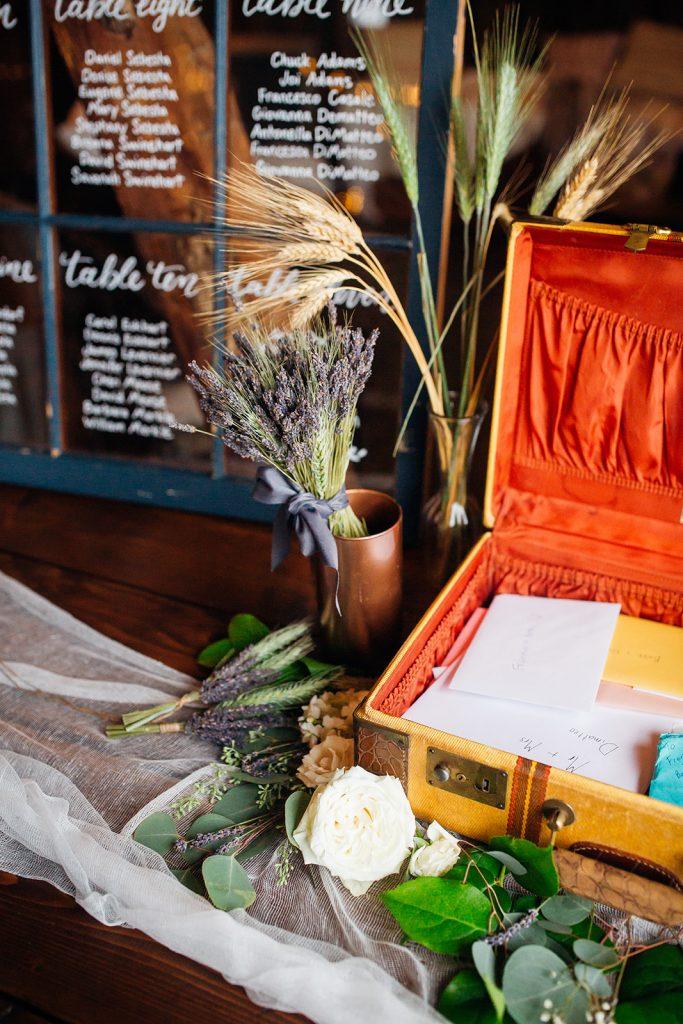 Fall wedding, lehigh valley wedding, golf course wedding, rustic barn, lavender, wheat, casual, laid back, floral details.