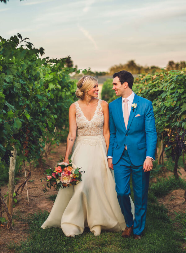 Perfect Pop of Color: Jennie and Timothy's Energetic Summer Wedding