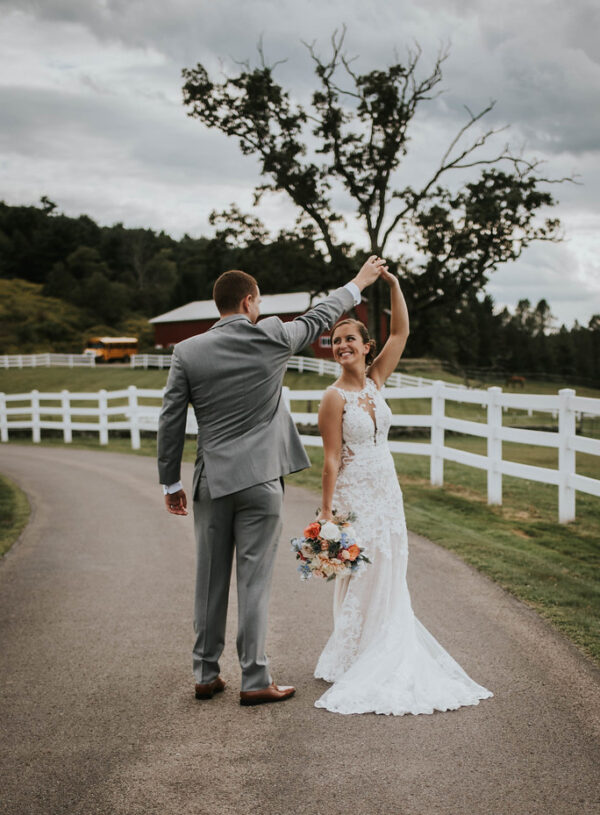 Katie and Cody's Autumn Country Chic Wedding